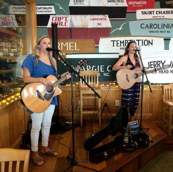 Basnight's Lone Cedar Outer Banks Seafood Restaurant, Kathryn & Alexis Music